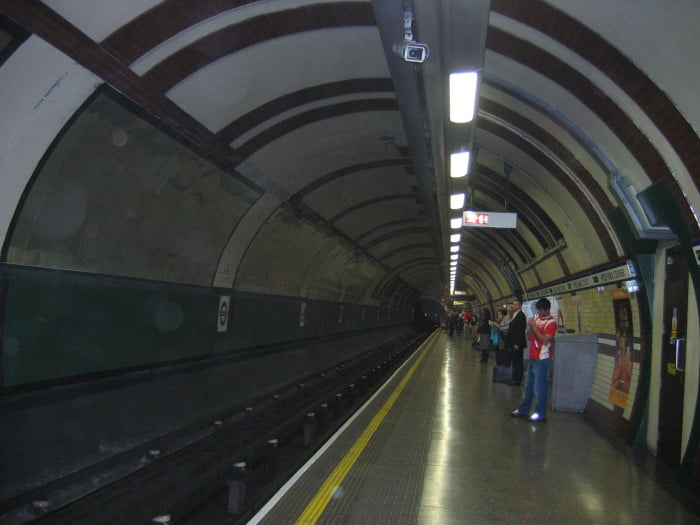 First 80 tube stations to get WiFi hotspots named