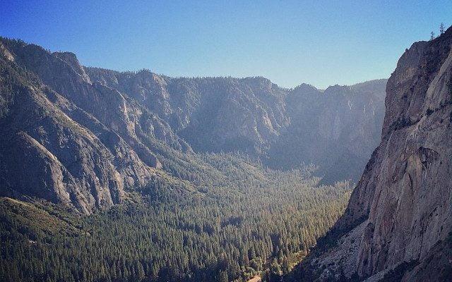 Yosemite Valley by sdw