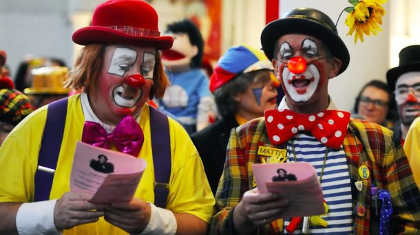 America's creepy clown craze, explained